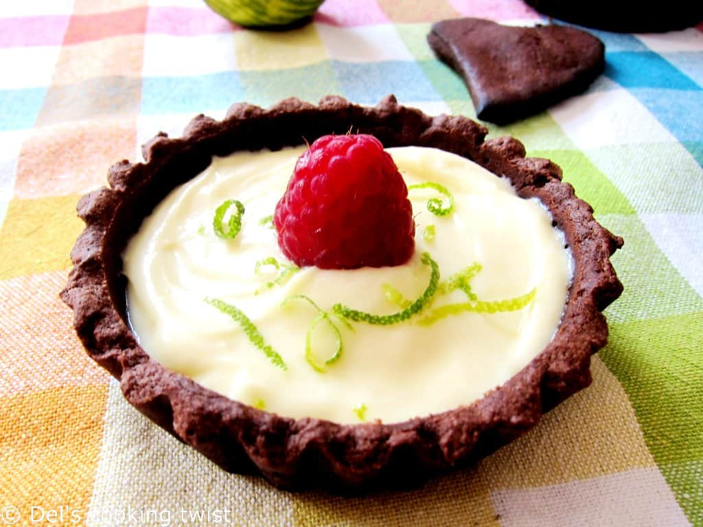 Two-tone-chocolate-tartlets