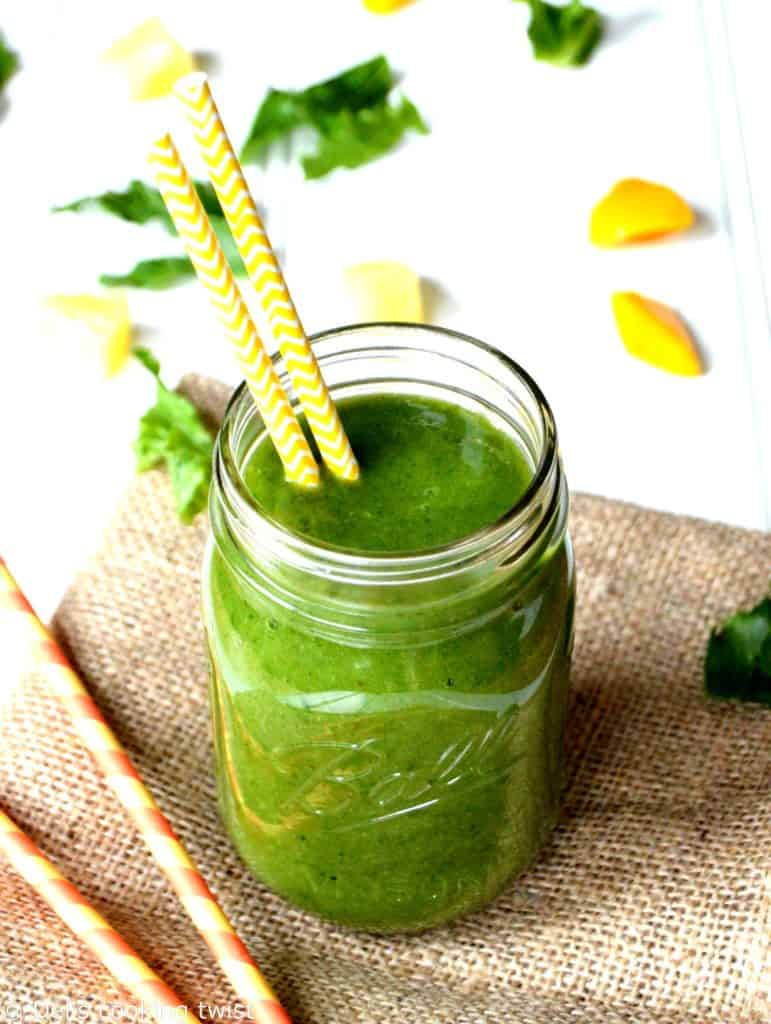 Tropical Green Detox Smoothie
