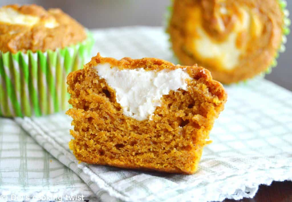 pumpkin-cheesecake-muffins_0636