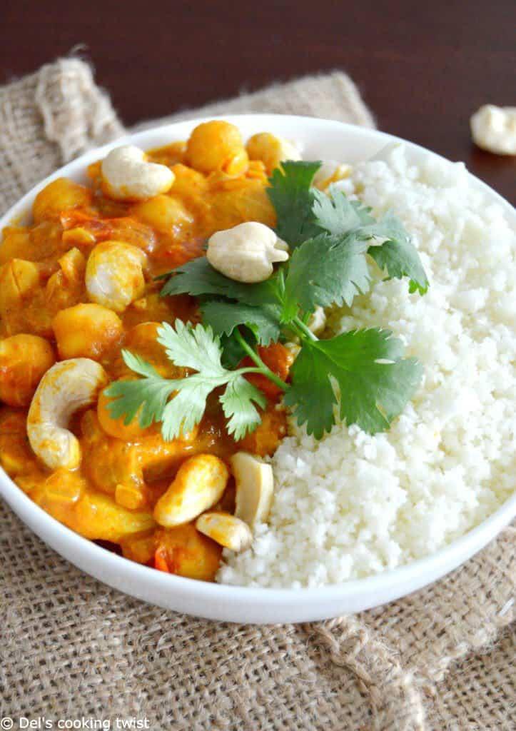 Vegan chickpea curry with cauliflower rice