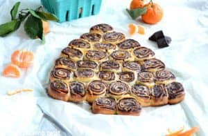 Chocolate-Orange Sweet Roll Christmas Tree