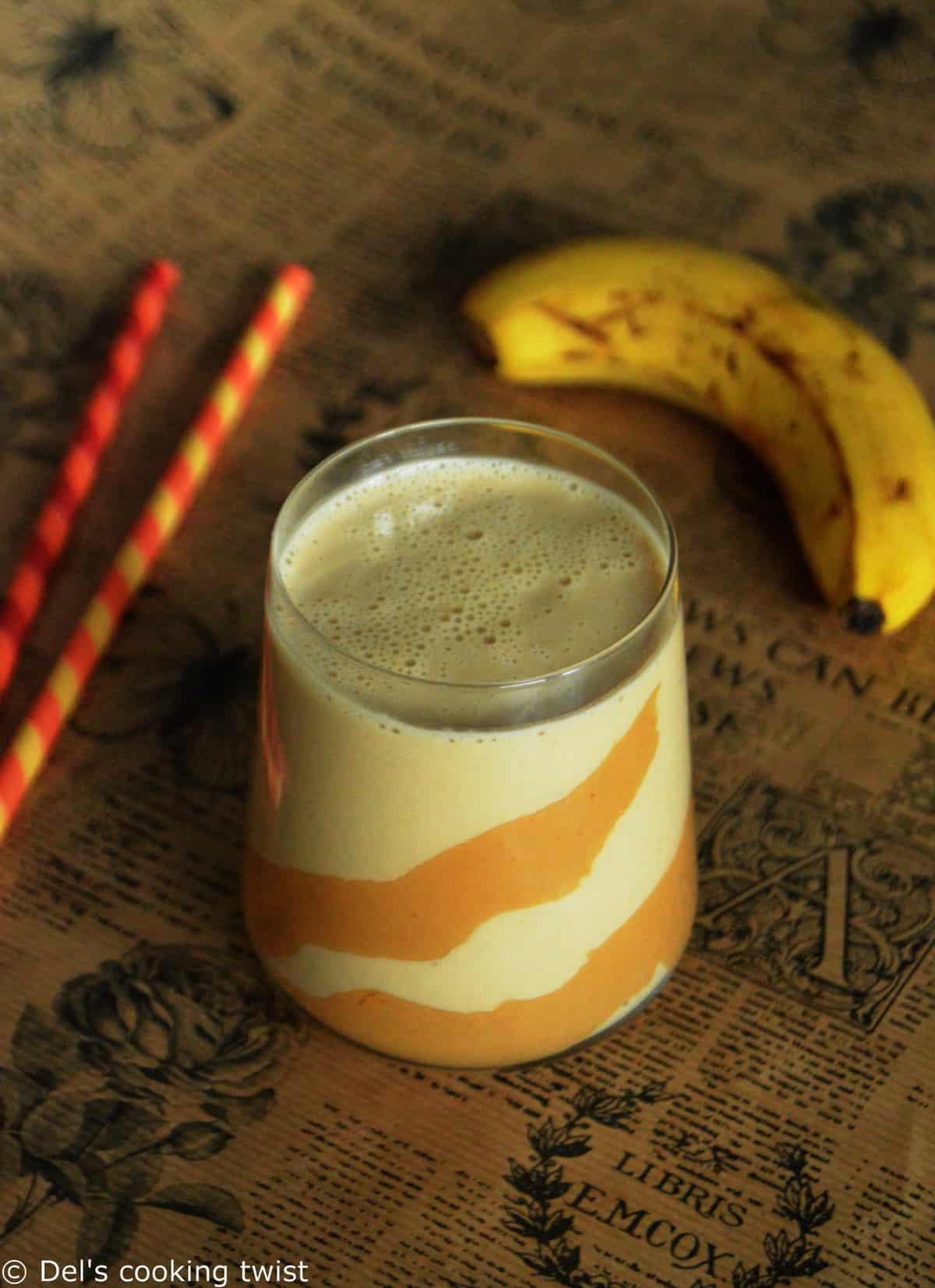 Smoothie crémeux banana et beurre de cacahuète.