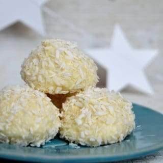 no-bake coconut snowballs
