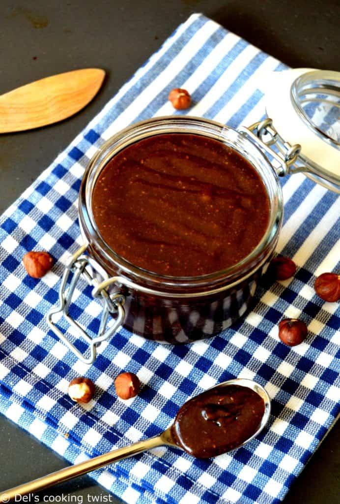 "Pâte à tartiner chocolat-noisettes ""Newtella"""