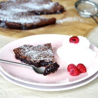 Swedish chocolate cake kladdkaka
