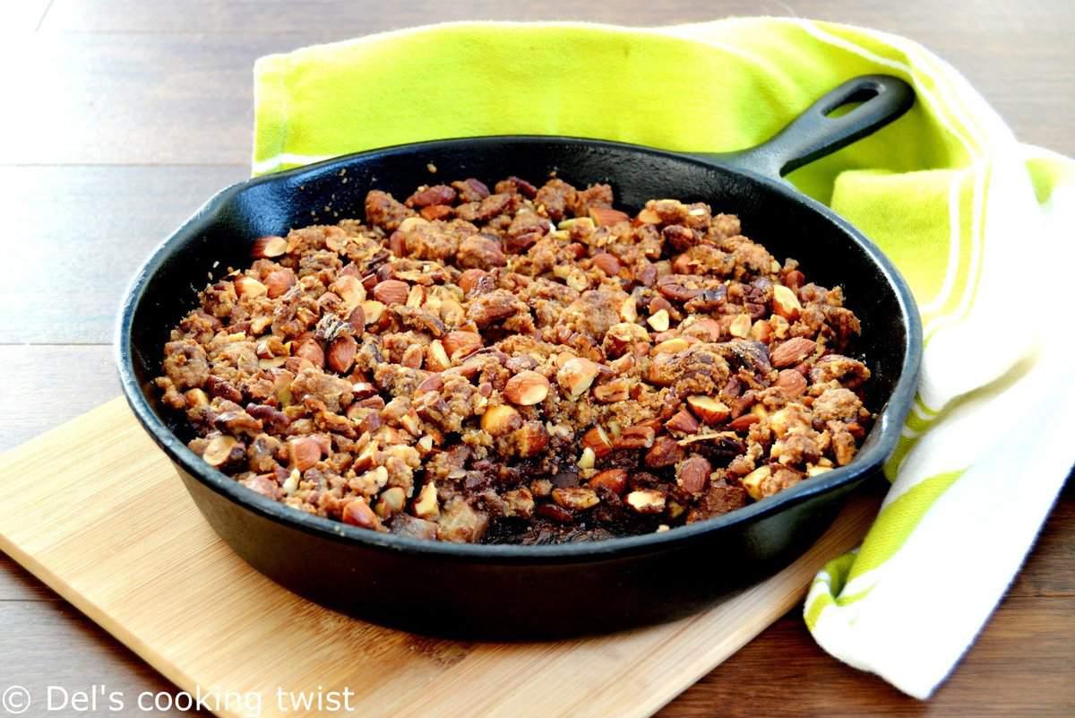 Crunchy pecan pear chocolate crumble