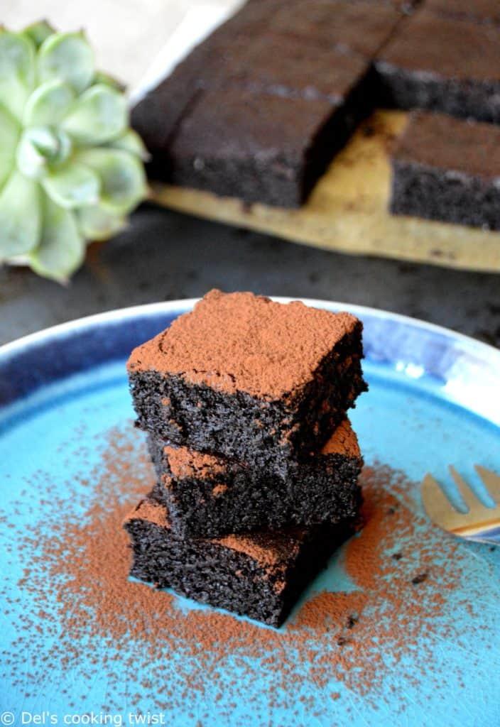 Gâteau moelleux au chocolat healthy (sans beurre, sans farine, sans sucre ajouté)