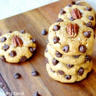 Skinny Oatmeal Peanut Butter Chocolate Chip Cookies