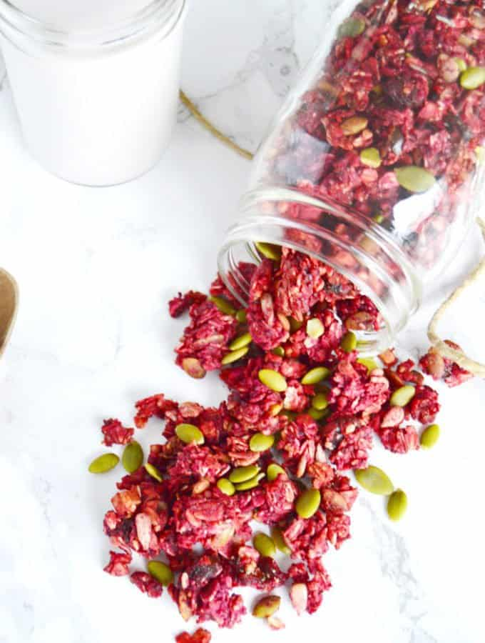 Beet-Ginger Granola with Superfoods (vegan, gluten & refined sugar free)