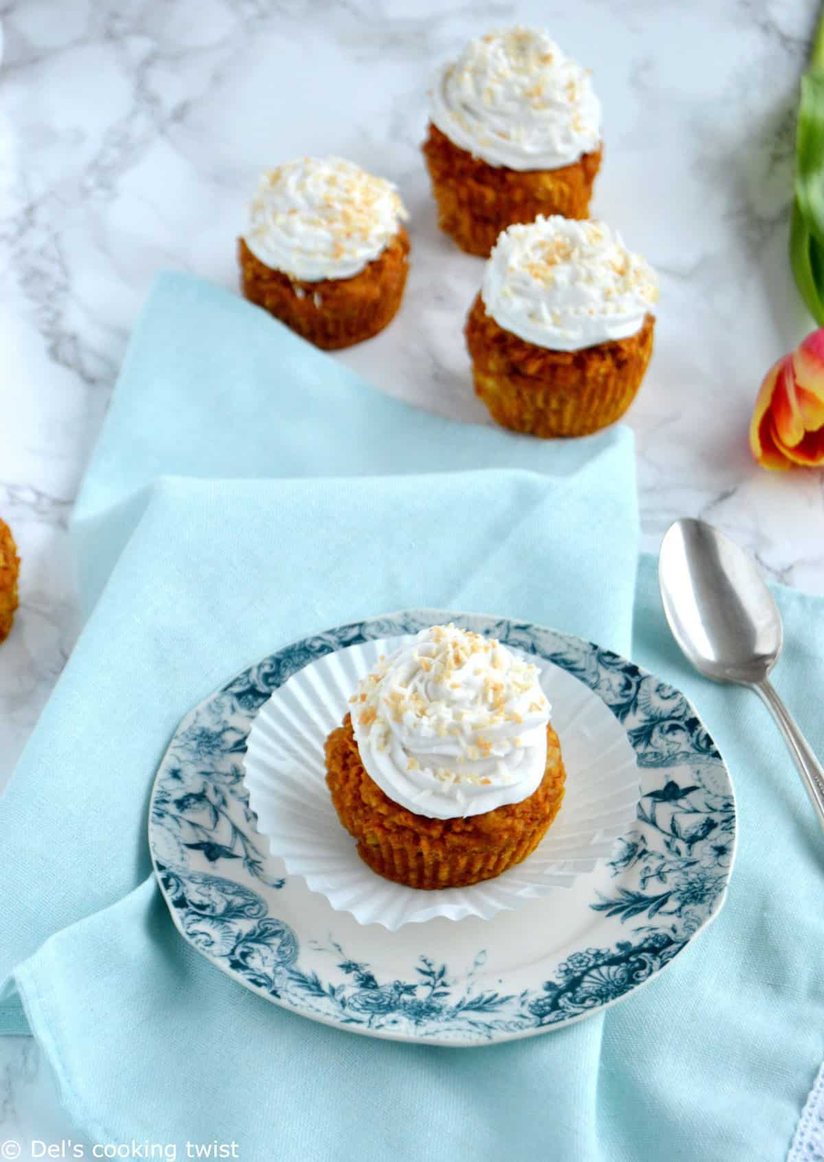 Skinny Carrot Muffin with Coconut Cream