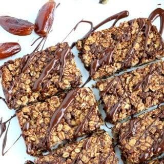 Easy Chocolate Granola Bars
