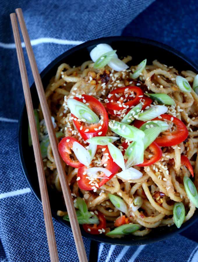 Easy Spicy Peanut Butter Noodles (Vegan)