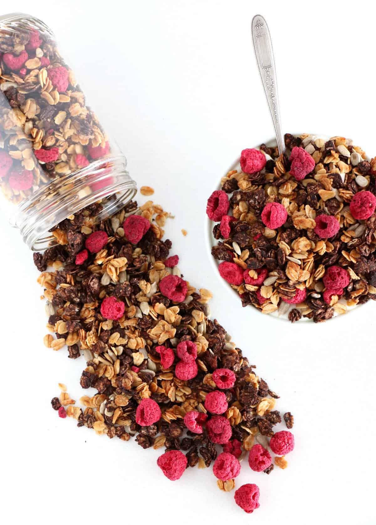 Granola sans sucre cacao-framboises