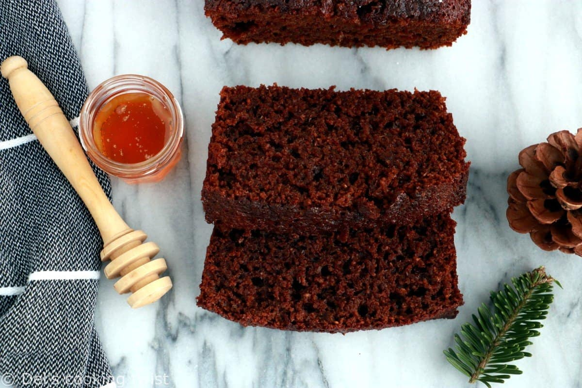 Super Moist Gingerbread Cake