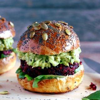 Burger végétarien à la betterave