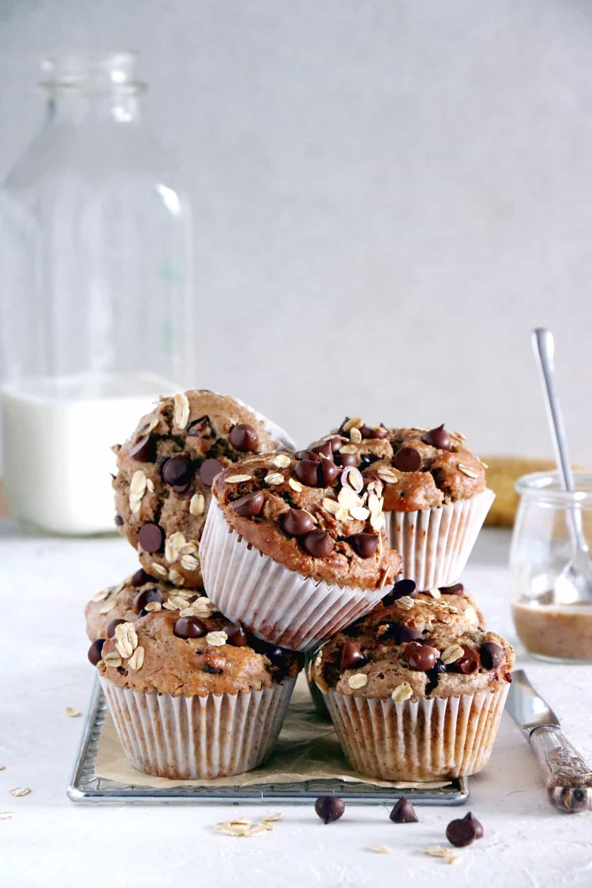 These sugar-free almond butter banana muffins are on the healthy side. They are made with nutritious, wholesome ingredients and packed with fiber.
