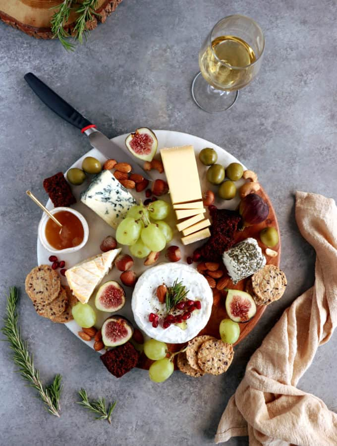 Here's a complete guide for how to make a perfect cheese board (vegetarian) with step-by-step photos to guide you.