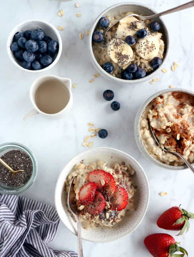 Learn how to make oatmeal from scratch with just 2 simple ingredients and discover all the tips and tricks to master the oatmeal technique. Loaded with fiber, oatmeal makes a satisfying healthy breakfast for busy days.