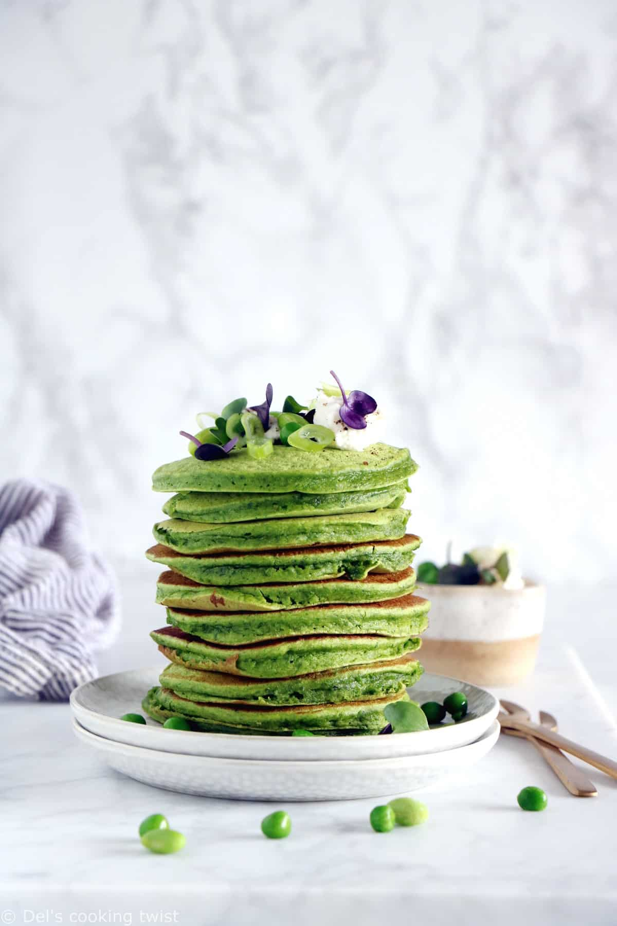 These healthy spinach chickpea pancakes are the perfect green pancakes recipe you were looking for all along. Made right in the blender, they are healthy, nutritious, loaded with leafy greens, and also naturally gluten-free and dairy-free. Baby and toddler approved!