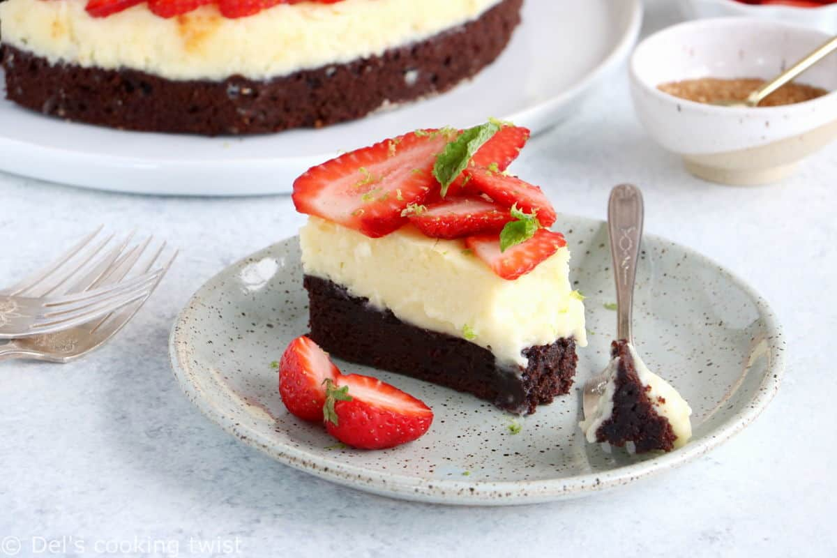 This strawberry white chocolate cheesecake brownies features a rich chocolate base, a creamy white chocolate center, and some fresh berries.