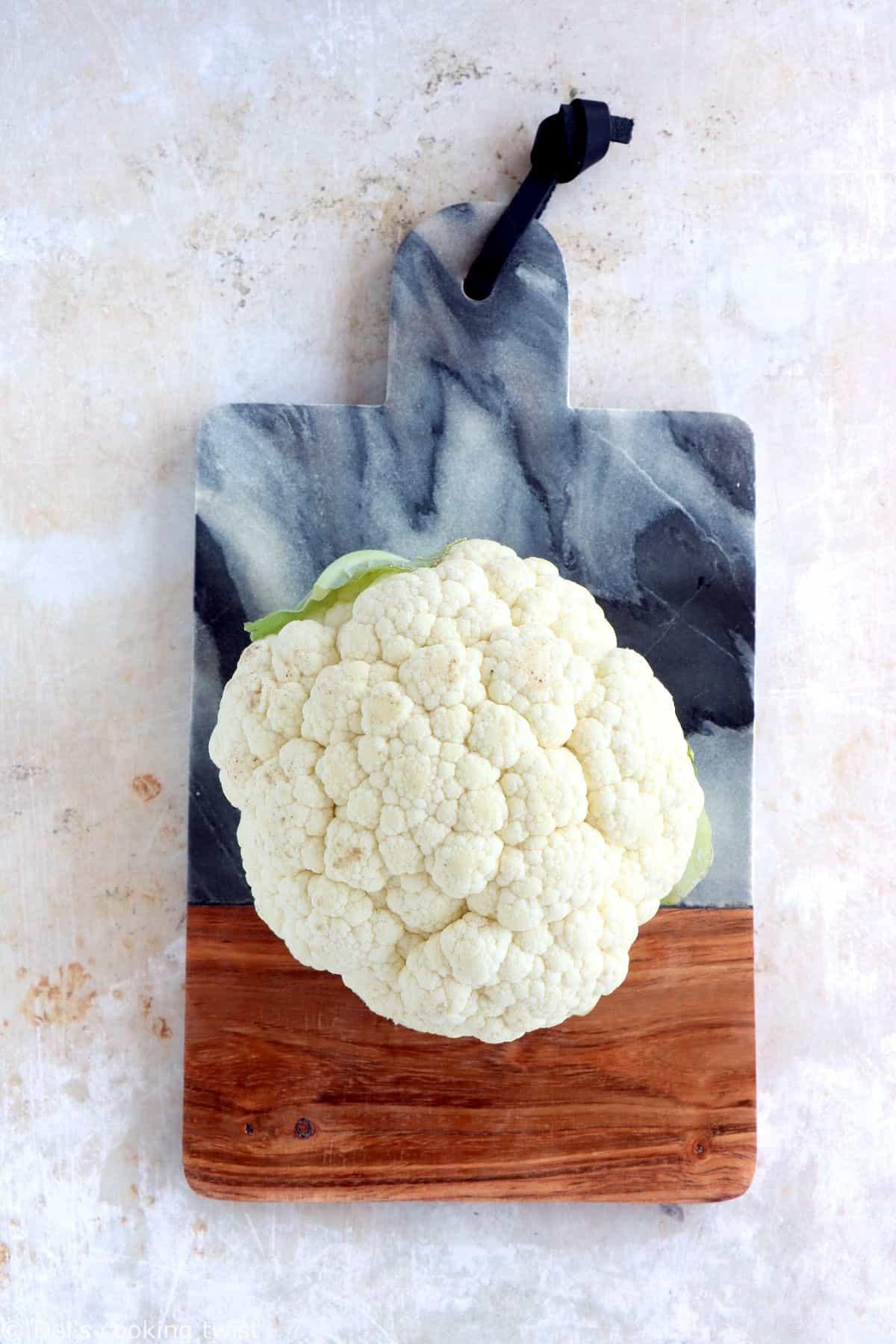 Découvrez comment préparer du riz de chou-fleur en 15 minutes grâce à ce guide détaillé étape par étape.